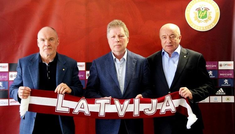 Latvijas futbola dzīves vadītāji, sportazinas.com