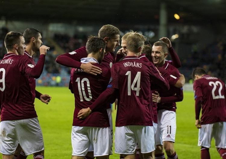 Latvijas futbola izlase, Sportazinas.com