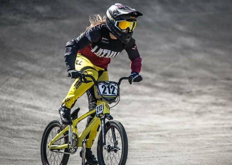 Vineta Pētersone, sportazinas.com
