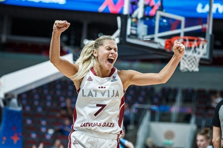 Elīna Babkina, sportazinas.com