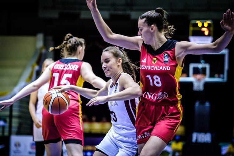 Latvijas U19 sieviešu basketbola izlase, sportazinas.com