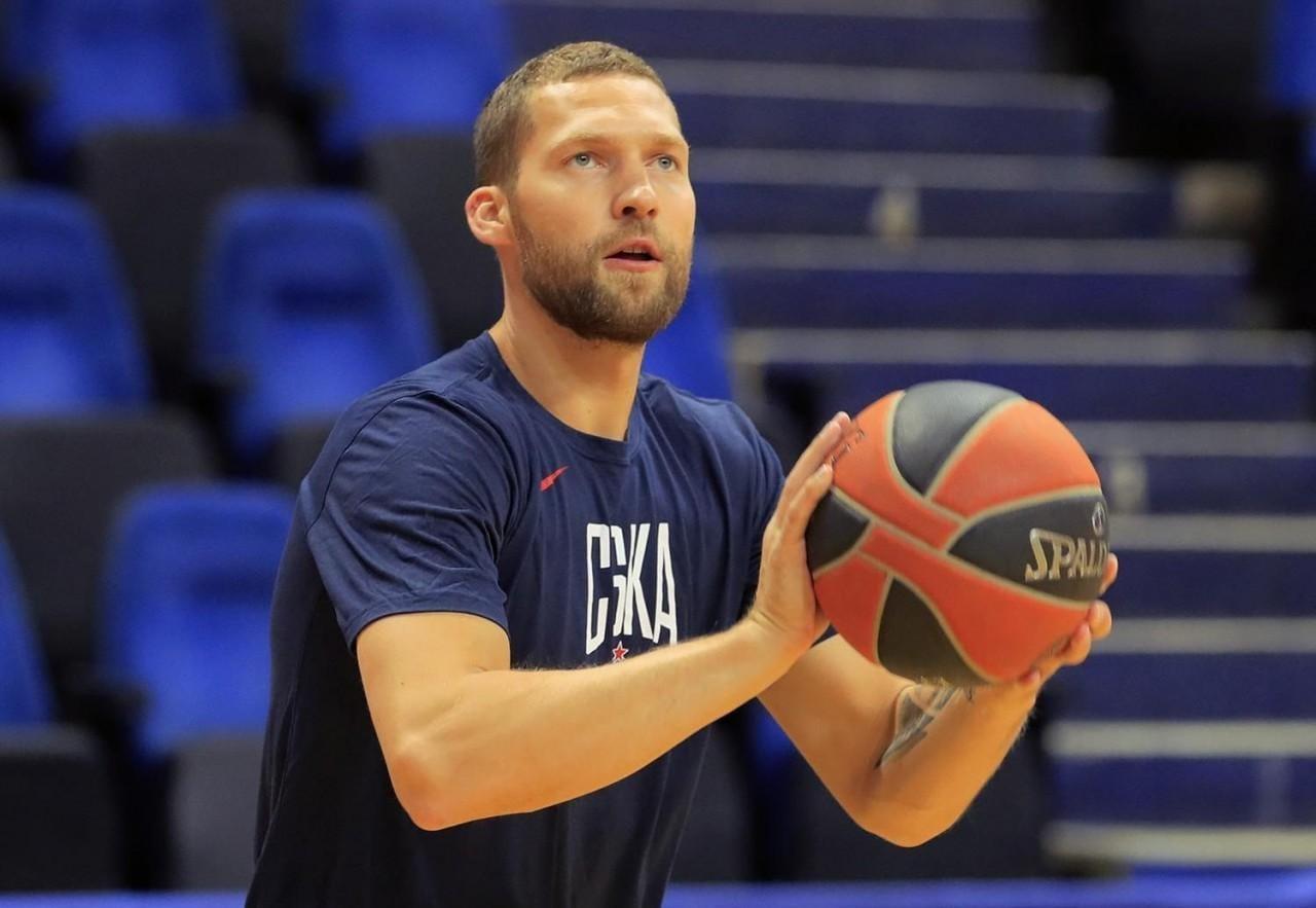 Jānis Strēlnieks, sportazinas.com
