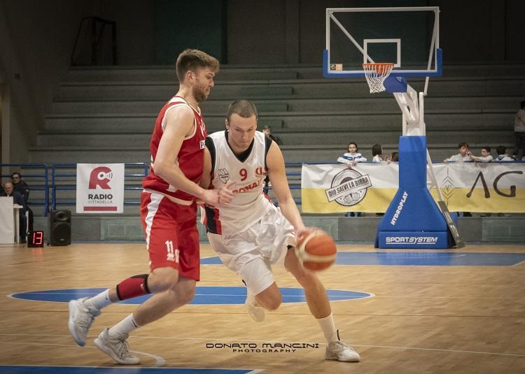Artūrs Dušelis, Sportazinas.com