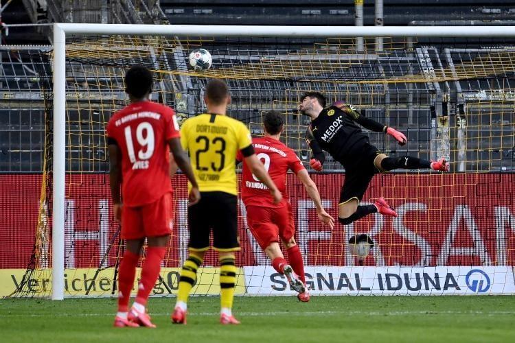 Minhenes Bayern vārtu guvums, sportazinas.com