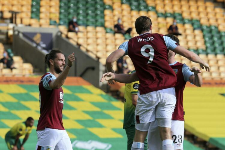 """""""Burnley"""" futbolisti, sportazinas.com"""