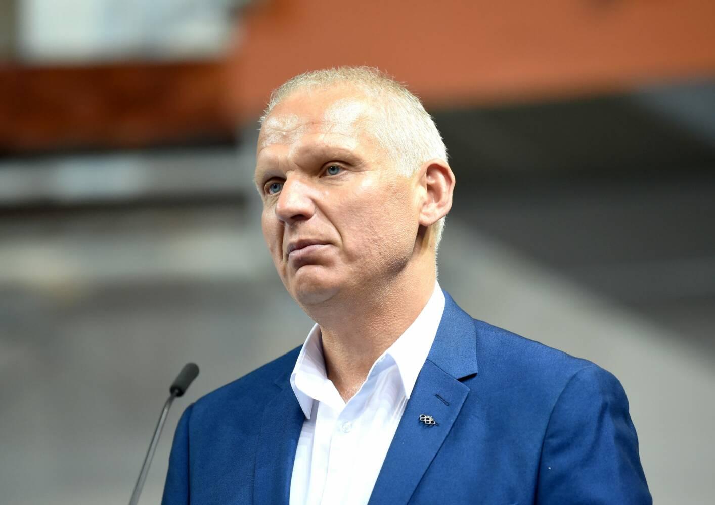 Žoržs Tikmers, sportazinas.com
