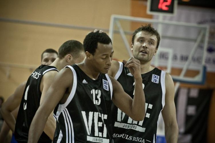 Trevons Hjūzs, www.sportazinas.com