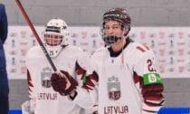 U18 hokeja izlases uzbrucējs Anrī Ravinskis