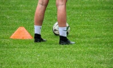 Sieviešu futbols