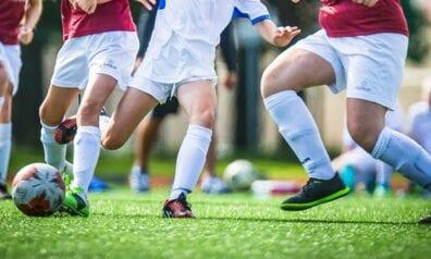 Meiteņu futbols