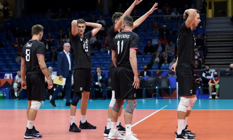 """Latvia played a """"life or death"""" match against Italy, which did not lose the match."""